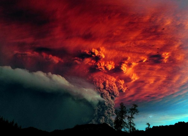 Capturing A Staggering Volcano Eruption In Chile - All That Is Interesting